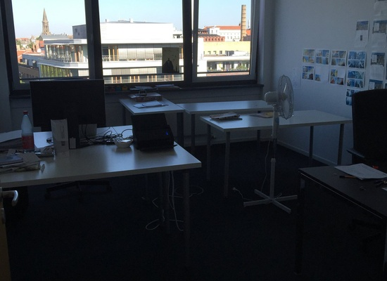 Office Space in Schönhauser Allee available