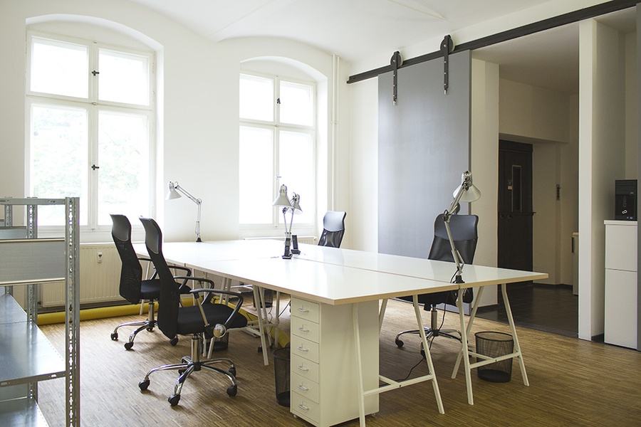 Co-working available among creative start ups - in top city location