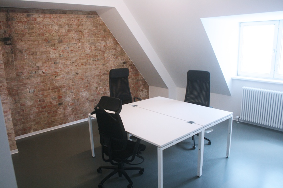 Beautiful and bright Office o  Berlin Startup Offices