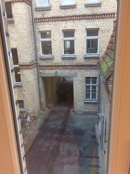 Beautiful Room: 25m², Berlin Mitte, Rosenthaler Platz, WiFi, Cleaning Service