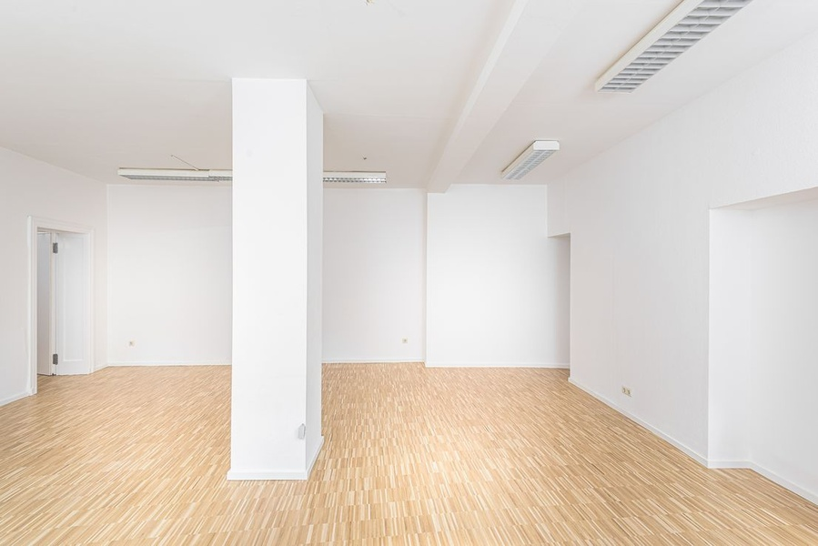 Bright office or business area, top location - just modernized
