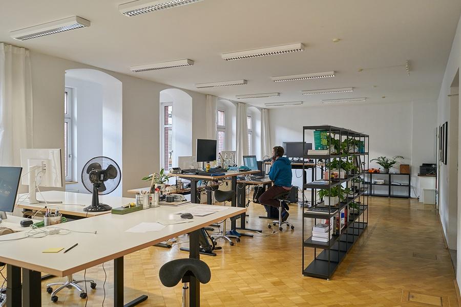 Nachmieter für komplett möbliertes Büro am Ostbahnhof