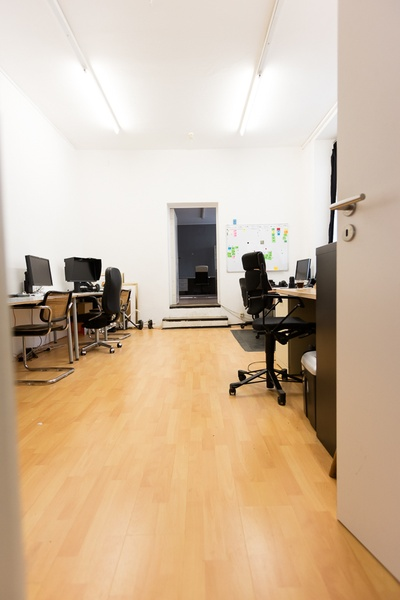 Sub-let of photo-studio and office Prenzlauer Berg