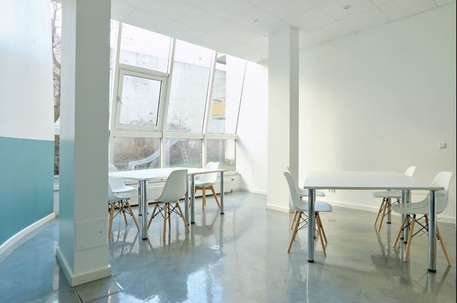 Shared office in Berlin Mitte - Up to 20 pax