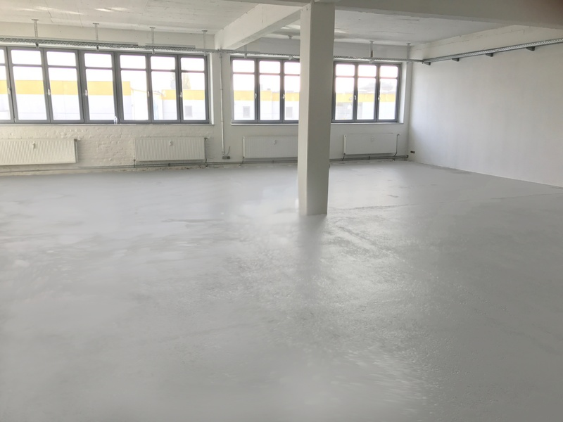 ALL INCLUDED (WARM)! - Recently renovated sunny and bright open office space. 150 sqm in Schöneberg/Kreuzberg.
