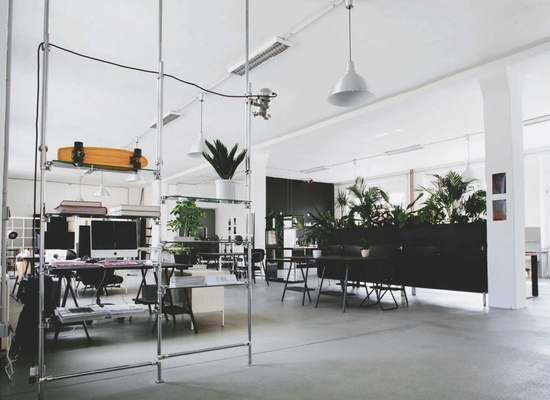 IKONIC STUDIO IS A CREATIVE HUB AND CO-WORKING SPACE IN BERLIN NEUKÖLLN