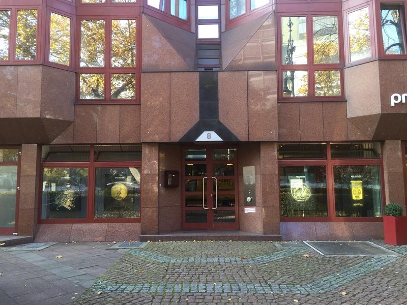 X-MAS Special offer 25% discount - CoWorking Space - Desks - Office Bürogemeinschaft Berlin - Nähe Zoo