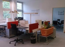 Große Schreibtischplätze ab 150€ (1-6 Co-Working-Plätze)
