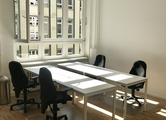 Desks to rent at Hermannplatz