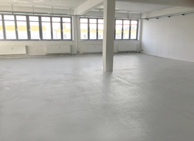 ALL IN! - Recently renovated sunny and bright open office space. 150 sqm in Schöneberg/Kreuzberg.