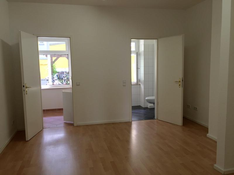 BERLIN MITTE: Möbliertes Büro im Herzen Berlins