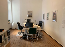 DESK AVAILABLE IN BEAUTIFUL OFFICE BY LANDWEHRKANAL