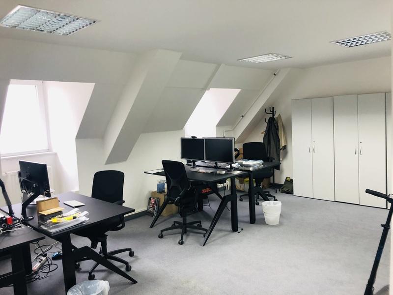 Büroraum (53 qm) zur Untermiete frei, tolle Anbindung