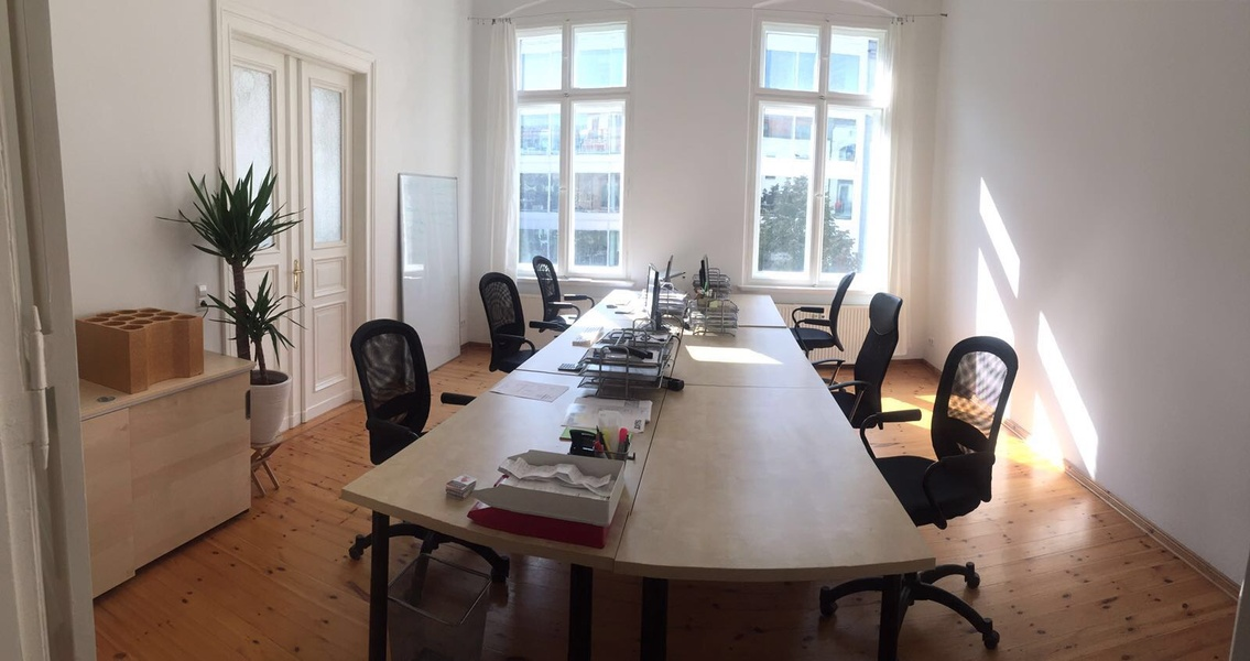 15 x DESK - COWORKING SPACE - 4 x OFFICE ROOM - 1 x MEETING ROOM   CITY CENTER HACKESCHER MARKT ORANIENBURGER STREET BERLIN MITTE