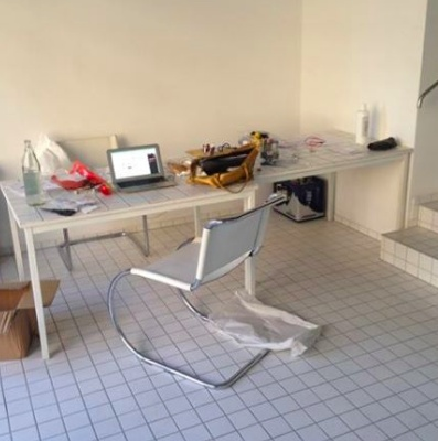Desks in shared office (Potsdamertstr. area)