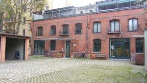 Büro mit Dachterrasse im Florakiez