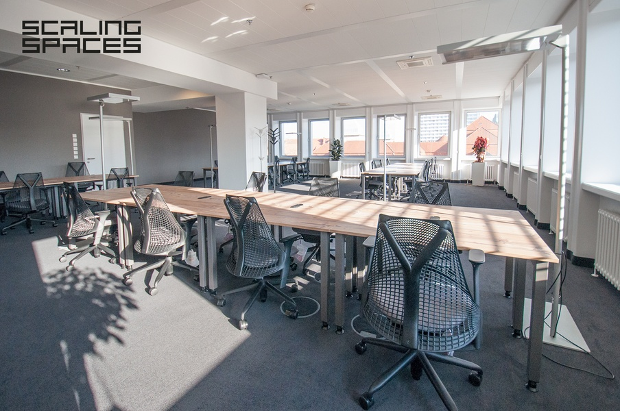 **Full-Serviced-Office** incl. meeting-rooms, kitchen, roof-terrace and shared areas