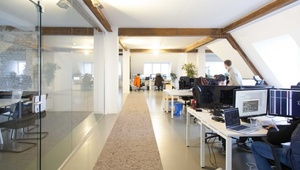 Room in 400sqm fully equipped coworking space