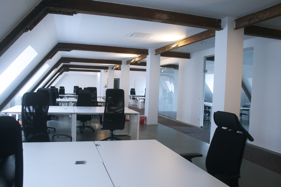beautiful bright office. beautiful and bright office on top floor building c