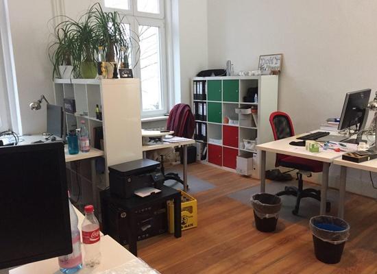 Room in shared office for 6-7 people near Möckernbrücke (Kreuzberg)