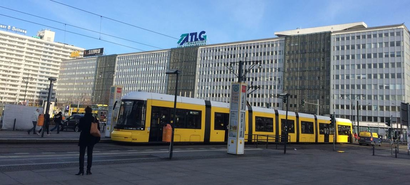 77 m² office at Alexanderplatz