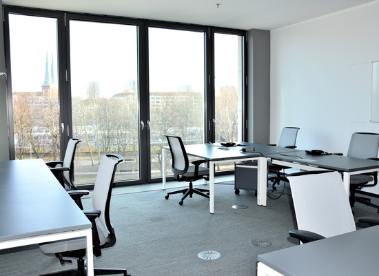 1 big office for up to 8 people at TechCode Berlin from March.2019