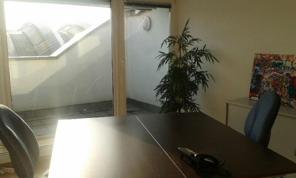 Heller Büroraum mit Dachterrasse, direkt am Ostbahnhof