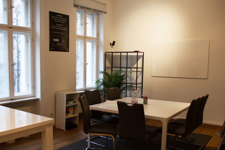 Premium Office Space in Mitte - Short term with possible extension