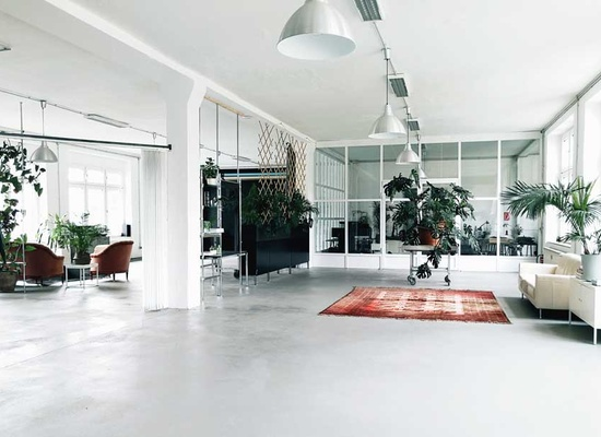 Co-working Fixed Desks