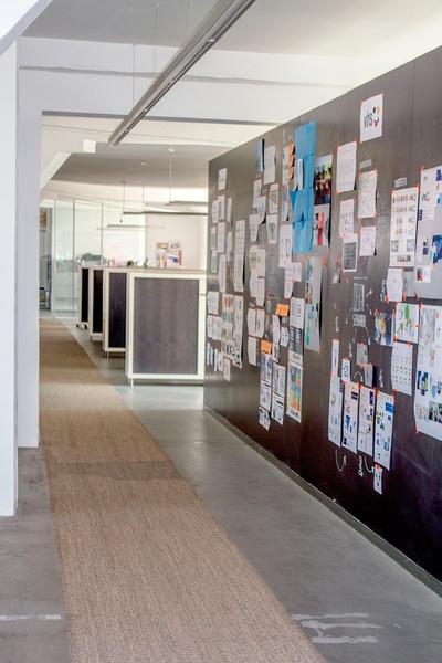Deskspace in Kreativagentur mit gesamter Infrastruktur zu vermieten