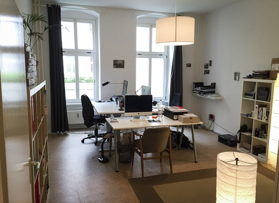 2 Desks in Prenzlauer Berg Office