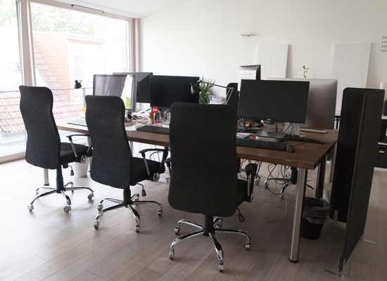 Bright and cosy loft office space right next to Rosenthalerplatz