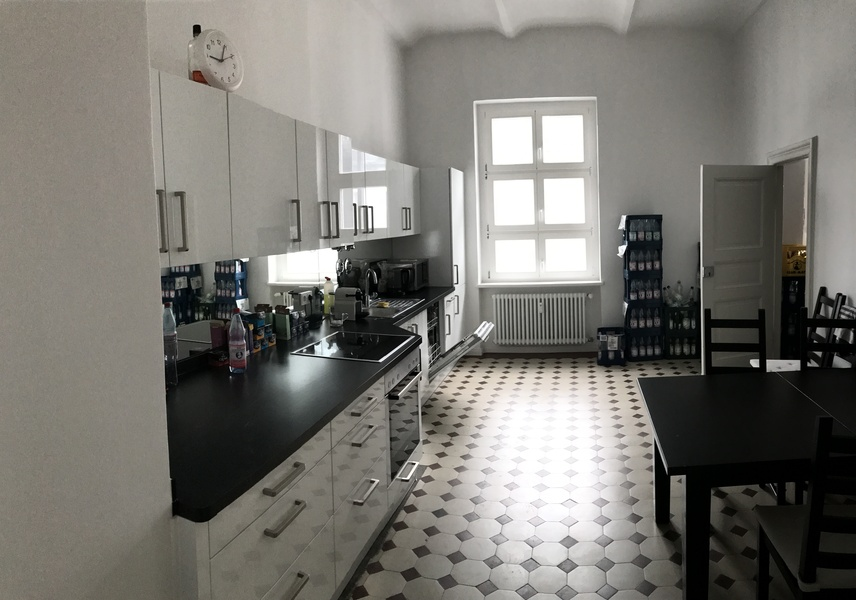 1 to 3 rooms directly at Ku'damm for a flexible period