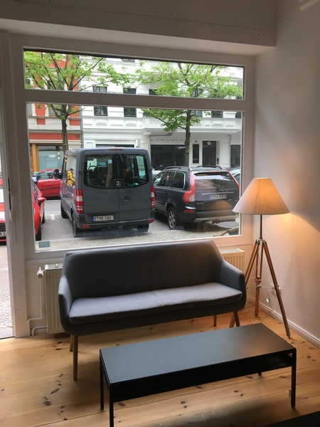 Serviced office (12-18 desks) in Immanuelkirchstrasse