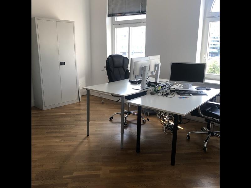 Büroraum zur Untermiete - zentral direkt am Alexanderplatz