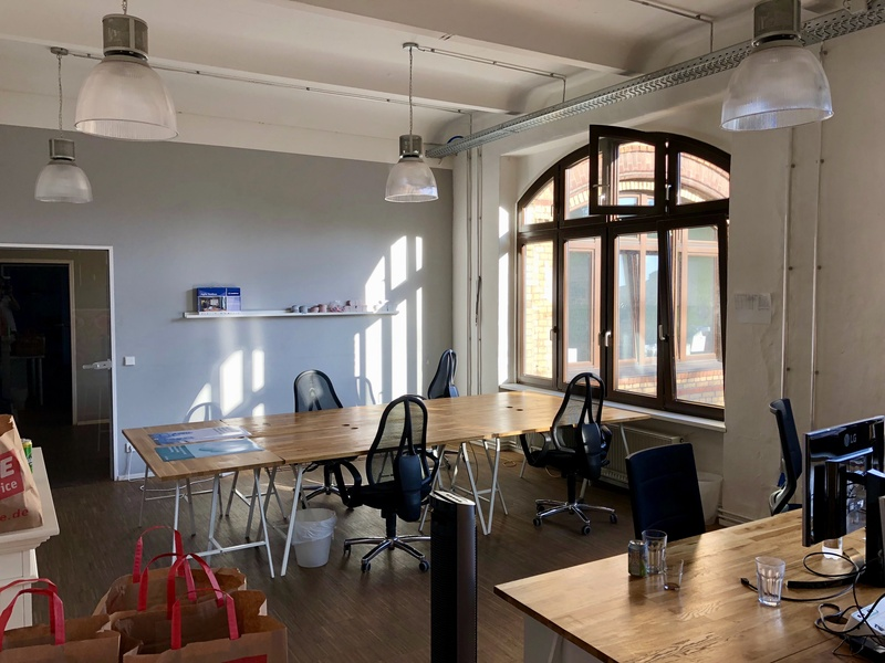 Furnished bright room for up to 10 people in Kreuzberg
