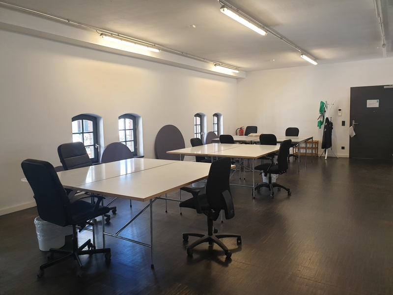 Modern Office in Fantastic Central Location