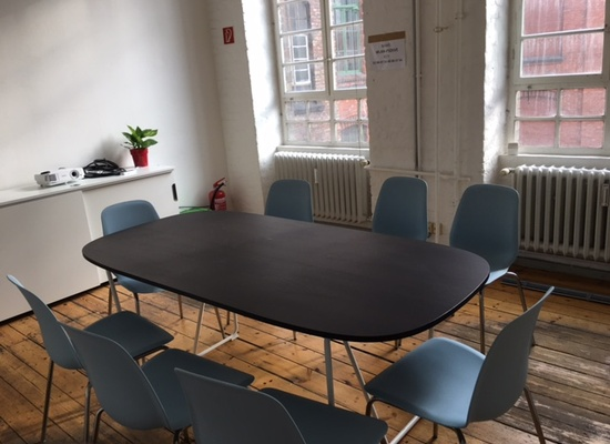3 rooms available in our nice office in Kreuzberg