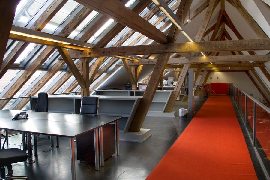 Working in a loft in Berlin-M... | Berlin Startup Offices
