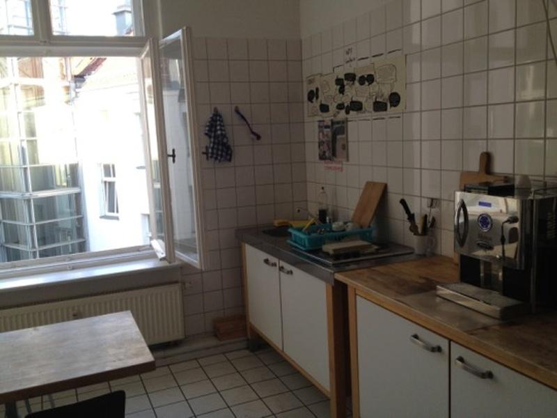 8,80€/qm! Wohnen & Arbeiten Altbau direkt am Ku`Damm! PROVISIONSFREI