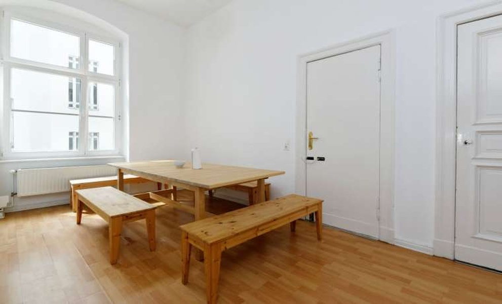 office rooms in Mitte for sublease (separately or together / rent amount is per room)