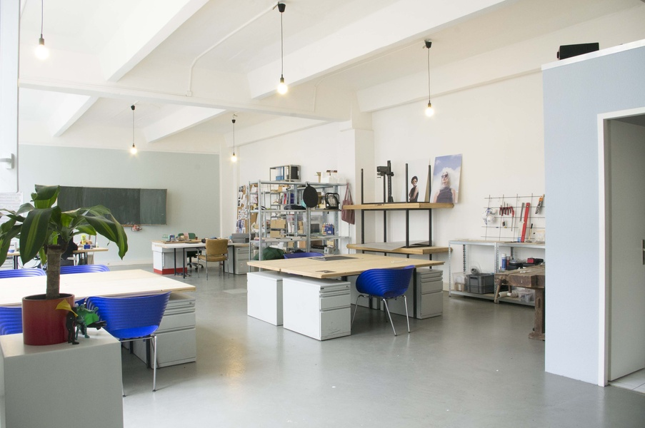 Atelier - Co Working - Event Space - Schreibtisch - Werkstatt