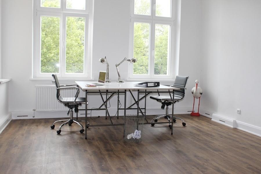 m bliertes b ro in b rogemein berlin startup offices. Black Bedroom Furniture Sets. Home Design Ideas