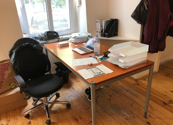 Office or Table in central location in Prenzlauer Berg