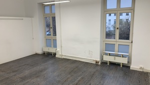 Beautiful office with two rooms centrally located in Mitte (65sqm)