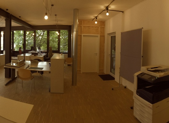 FREE DESKS IN COWORKING-SPACE IN KREUZBERG