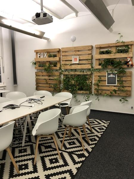 All inclusive - Untermiete in großem Open-Space Büro in Bürogemeinschaft - Provisionsfrei
