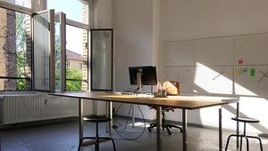 Heller Arbeitsplatz in Mitte/ Bright Des Space in Mitte