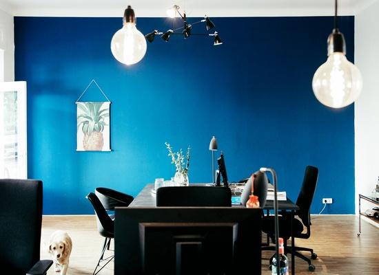 2 Desks @ ISARSPREE kreation Berlin / Fhain