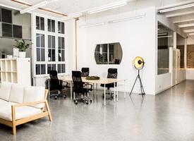 Desks @ skalitzer33 | kreuzberg
